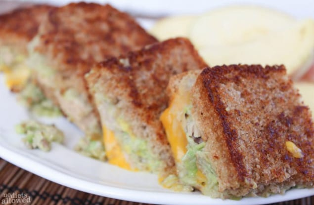 Ten tantalizing tuna recipes from honest cooking for How to make a tuna fish sandwich