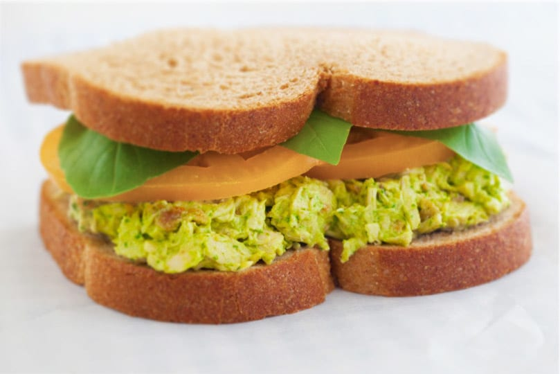 bacon_pesto_chicken_salad_sandwich