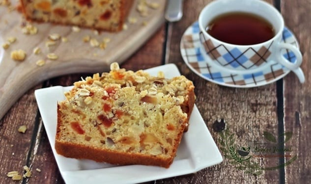 oat, tomatoe and pear bread 115