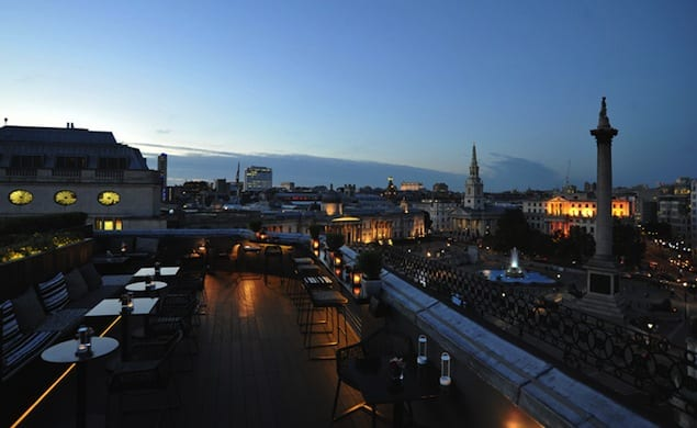 trafalgar-hotel-date-dating-view-panorama-bar-vist1
