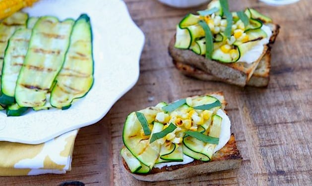 zucchini-and-corn-crostini3