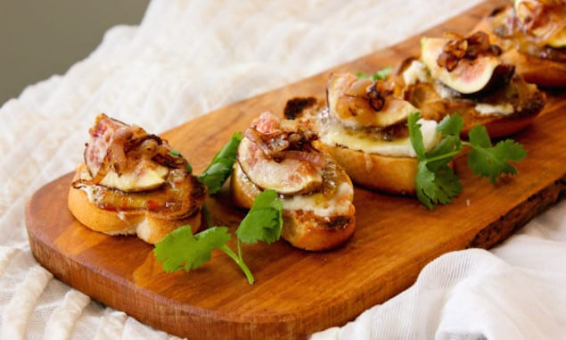 Fig-and-Caramelized-Shallot-Crostini-0724-e1405744157780