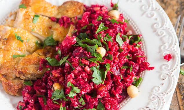 Krokante-kip-met-biet-en-bloemkool-couscous