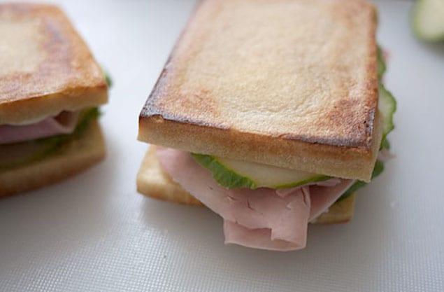koyadofu-sandwich