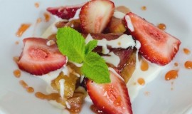 stewed-rhubarb-and-mascarpone-private-ski-tours-italy-italiaoutdoors-1024x678