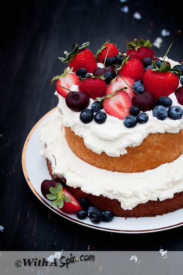 Beautiful Vanilla Cake Images : Berries and Cream Vanilla Cake   Honest Cooking
