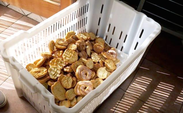 almond-shell-friselle