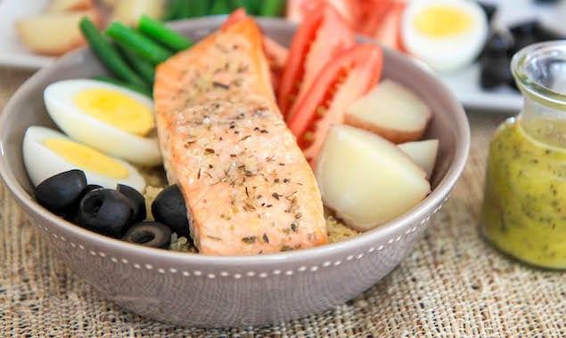 salmon-nicoise-salad-2