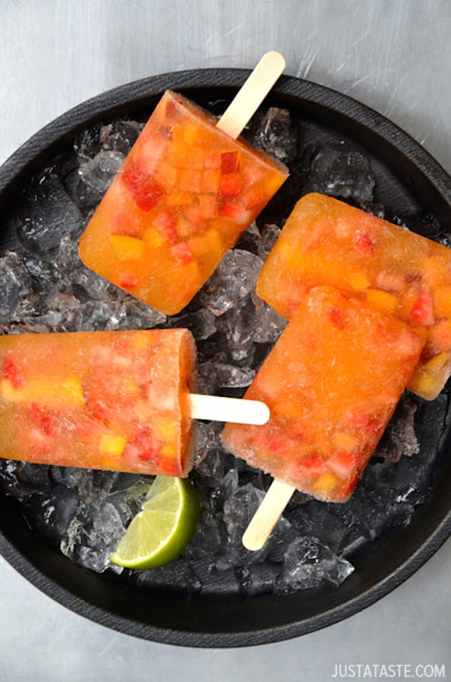 white-sangria-peach-popsicles-recipe
