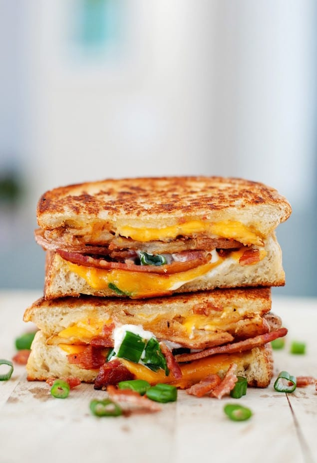 Baked-Potato-Grilled-Cheese-4-701x1024