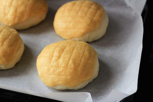 pinapple-buns-8