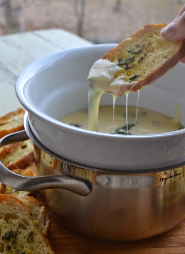 Aged Havarti Fondue with Croutons from Honest Cooking