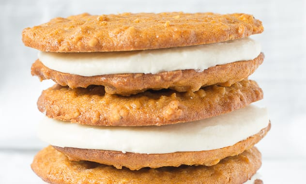 Pumpkin-and-Pastis-Oatmeal-Cream-Pies