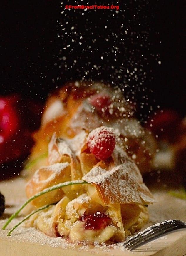 Santas-Breakfast-Pouch2