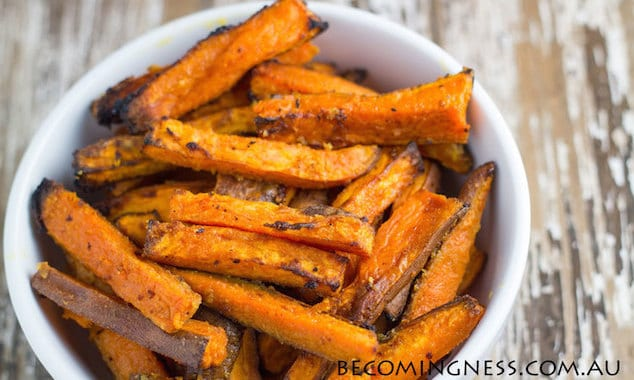 baked-garlic-butter-sweet-potato-fries-1
