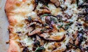 mushroom-pizza-with-havarti-cheese-fresh-herbs-and-truffle-oil-6085