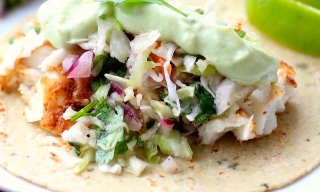 Avocado Cream Slaw Fish Tacos2by Noshing With The Nolands (4)