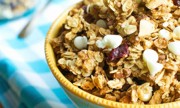 White-Chocolate-Cranberry-Granola-1