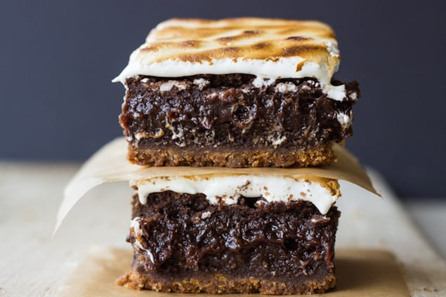 The Ultimate S'Mores Brownies – Honest Cooking