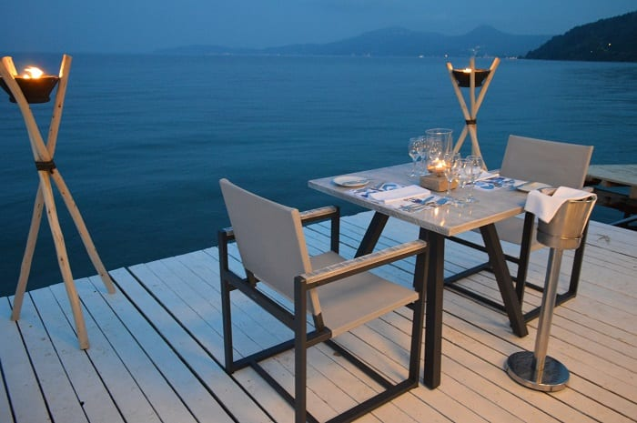 2MarBella dining sea