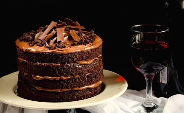 red-wine-chocolate-cake-1-7bscris-1024x806