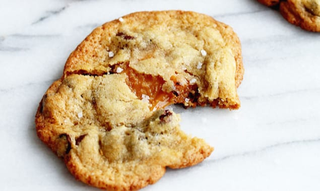 salted-caramel-chocolate-chip-cookies-2-683x1024