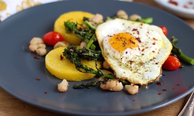 Rapini+and+White+Beans+with+Polenta+and+Crispy+Egg