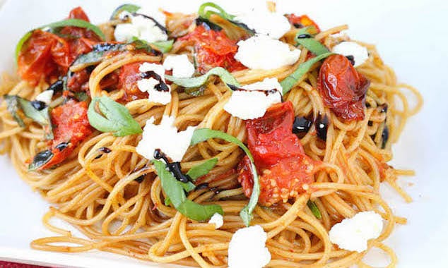 Roasted-Tomato-Basil-and-Goat-Cheese-Pasta-41