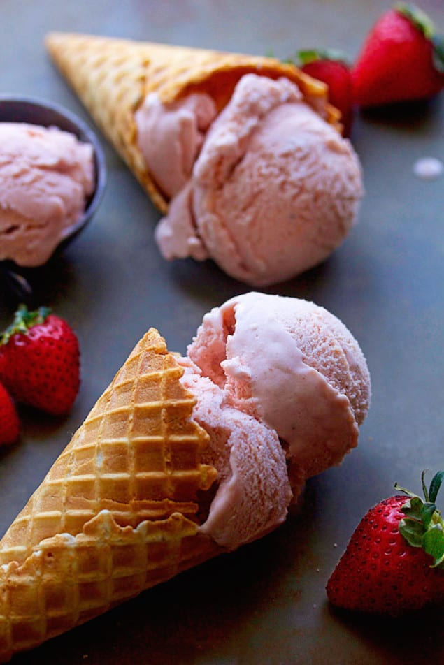 Fresh Strawberry Ice Cream – Honest Cooking