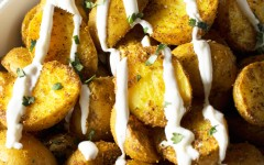 Roasted-Curry-Potatoes-with-Yogurt-Sauce-23psd