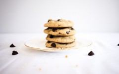 Smoky-Bourbon-Chocolate-Chip-Cookies-Featured-Image-940x627