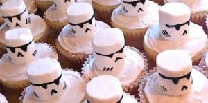 Storm-Trooper-Cupcake-111