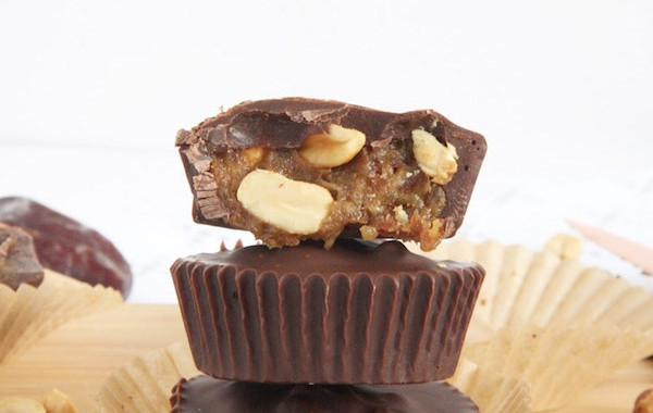 Three-Ingredient-Snickers-Cups