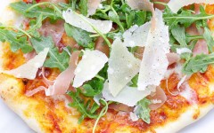 arugula-pizza-with-collavita-7-1