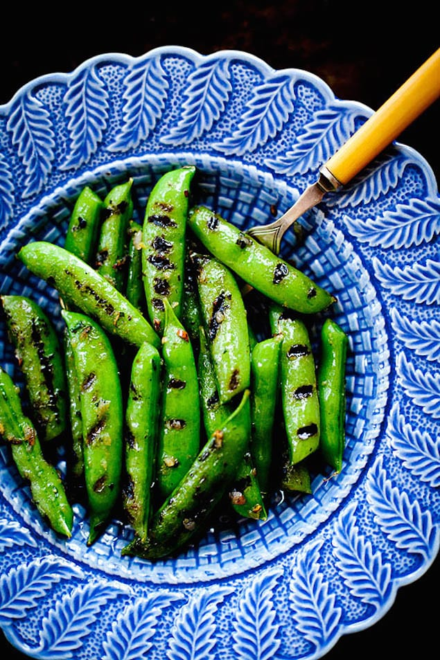 Grilled-Sugar-Snap-Peas-Final2-ourfourforks.com_