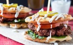 Hot-Chicken-Waffle-Slider-9791