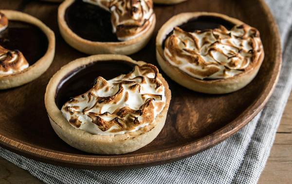 S'More Chocolate Tarts
