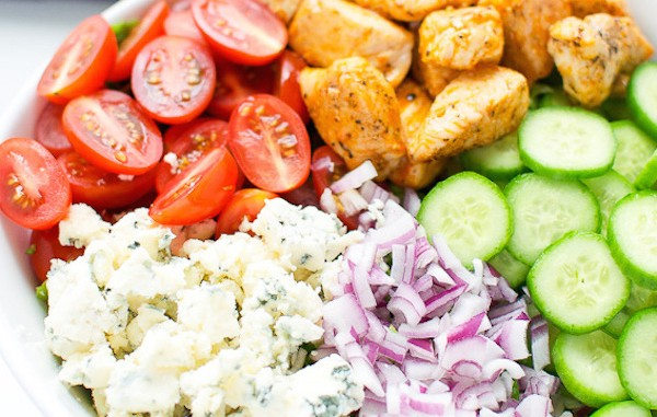Buffalo-chicken-and-blue-cheese-salad-2-1