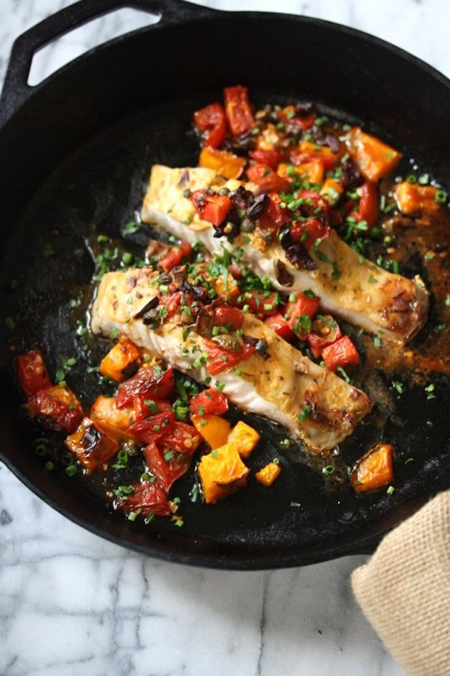 Easy broiled bass with tomatoes and olives for Bass fish cooking