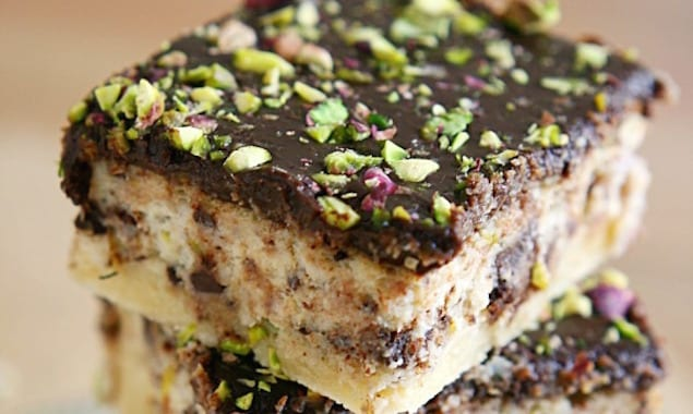 Pistachio and Ricotta Bars with Ganache – Honest Cooking