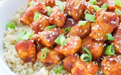 sriracha-honey-chicken-quinoa-edited-1-1