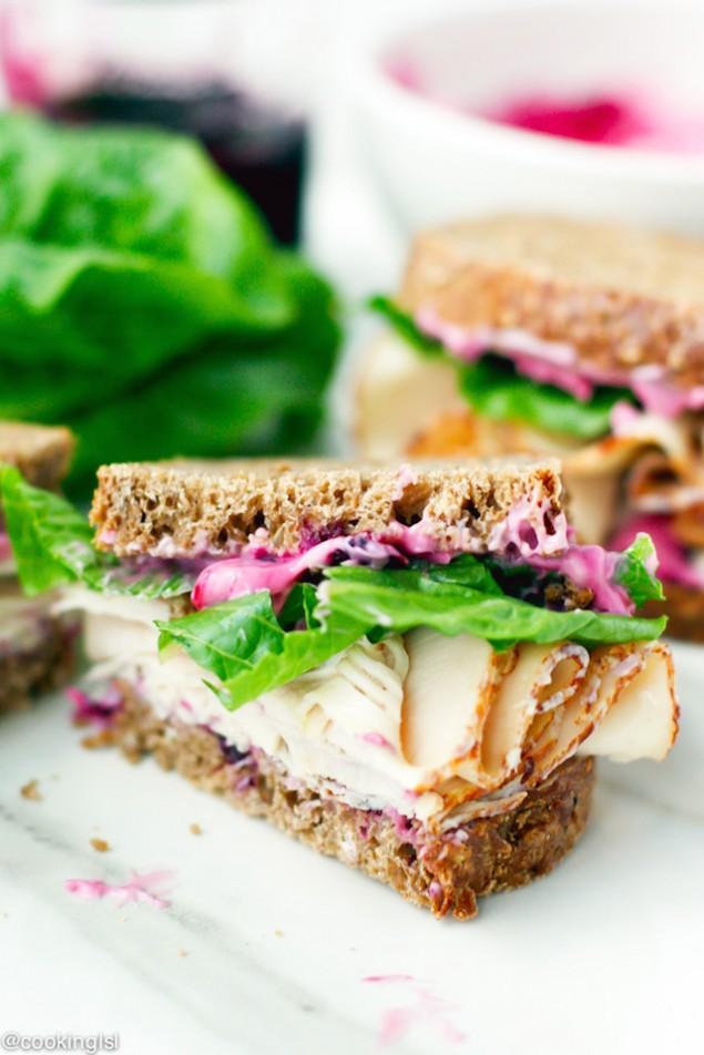 Blueberry and Turkey Sandwiches