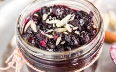 Blueberry-Chutney-with-Almonds