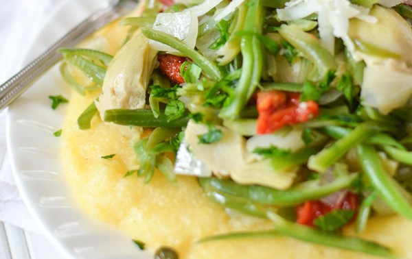 Italian-Style-Green-Beans-with-Polenta-2