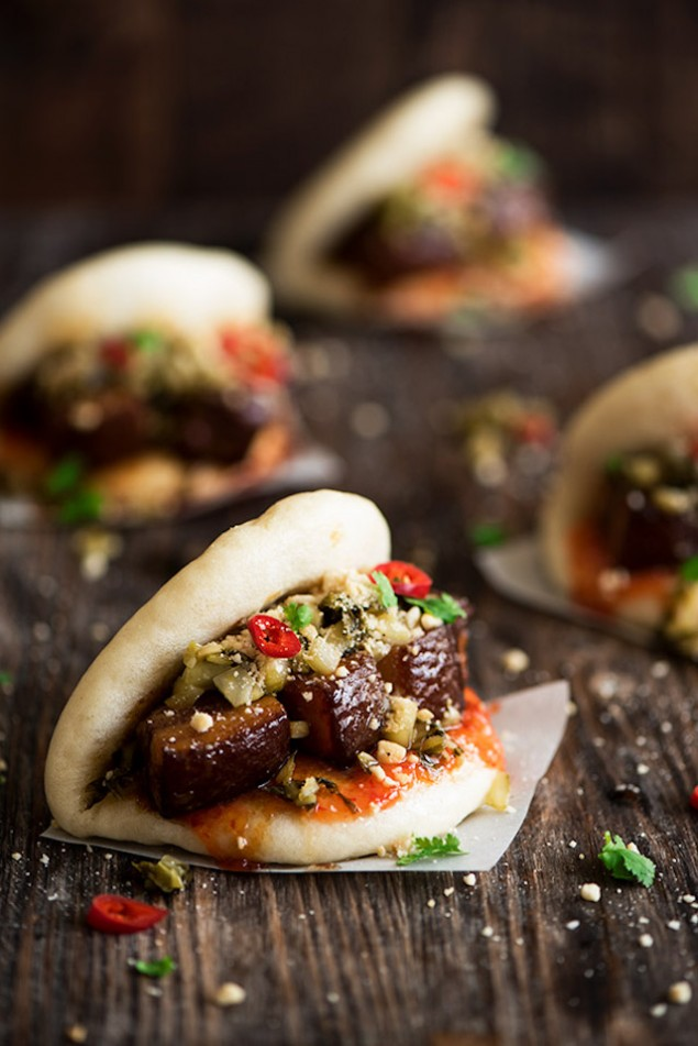 Sweet and Spicy Pork Buns