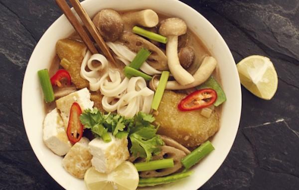 noodle-peanut-soup2