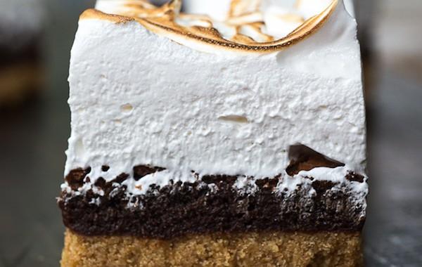 Smores-Brownie-Bars-Treats-and-Eats-5