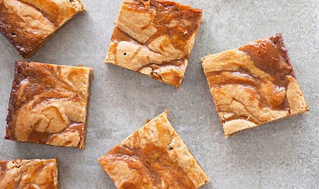 Brown Butter Caramel Blondies – Honest Cooking