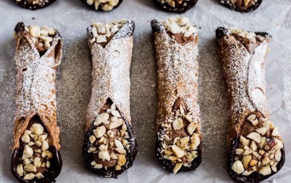 chocolate-hazelnut-cannoli-retouch-5 2