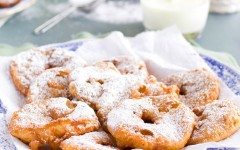Appleflappen-Dutch-Apple-Fritters_site